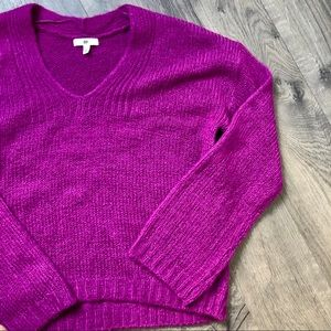 Soft Magenta Sweater NWT • Size Small